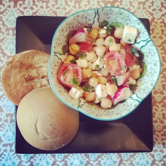 Salad with Schar roll